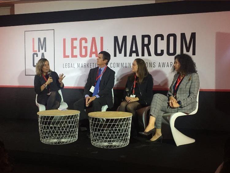 De izquierda a derecha: Paula Fuentes, Lucas Osorio, Montserrat Llopart y Gema Moral.
